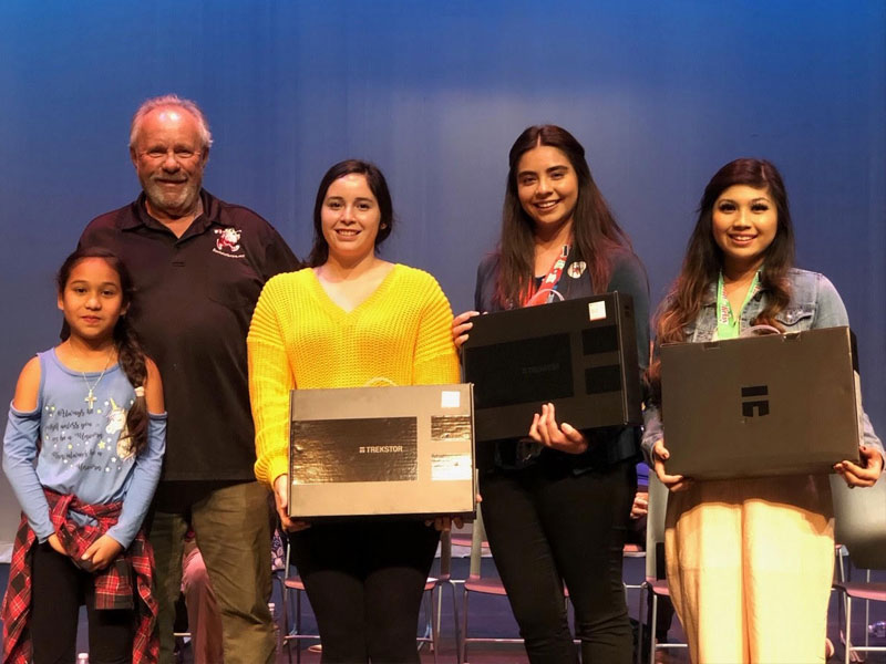 Santa to the Sea 2018 Scholarship winners